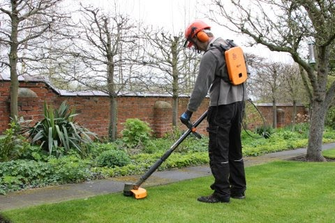 Eco Garden Maintenance using Pellenc Excelion strimmer