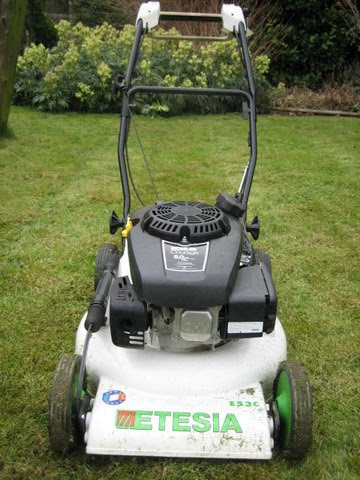 Etesai ME53C professional mulch mower as used by Eco Garden Maintenance (Tadcaster).